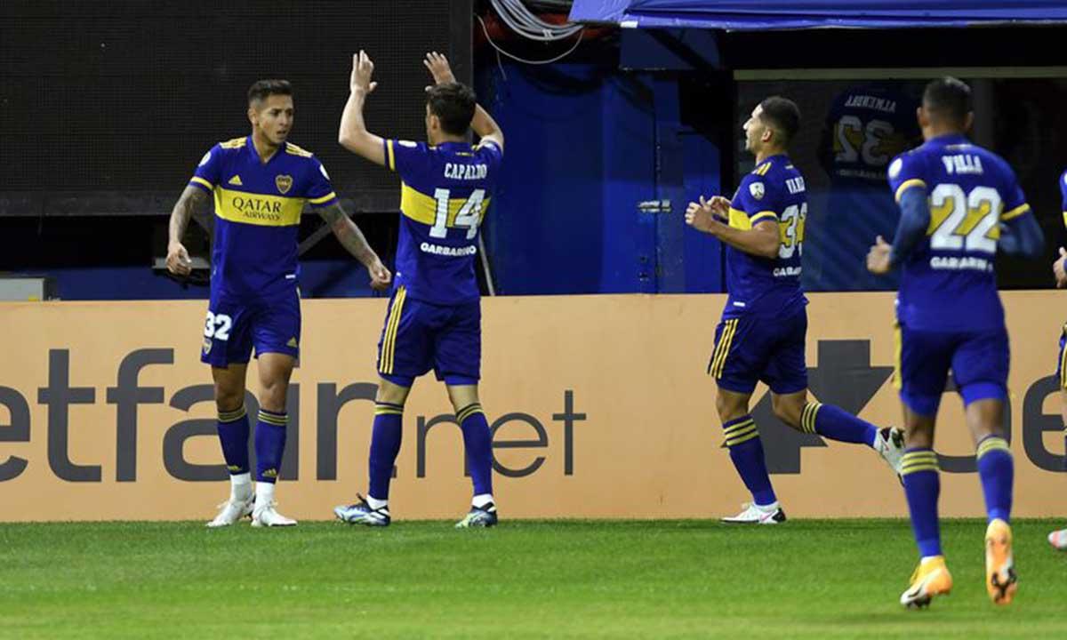 Boca goleó a The Strongest y selló el pase a octavos - La Brújula 24